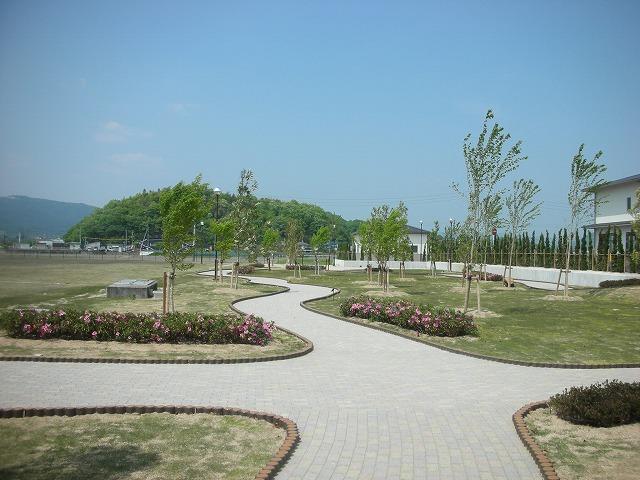 アクアセンター吉備路 外構植樹工事